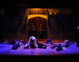 gal-theatre-3